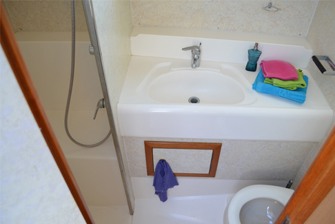 image Haines Rive 408